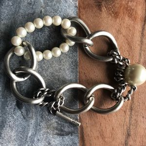 Kenneth Cole Jewelry - Kenneth Cole silver&pearl costume bracelet